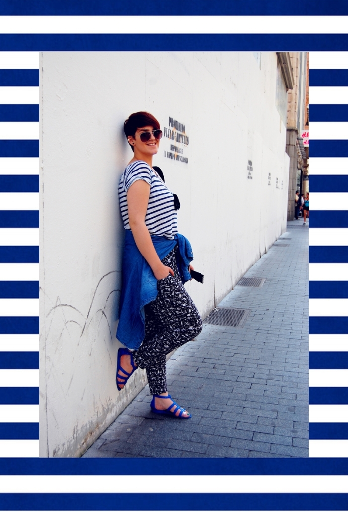 white_and_blue_stripes_by_apeculiarpersonage-d63d4ut